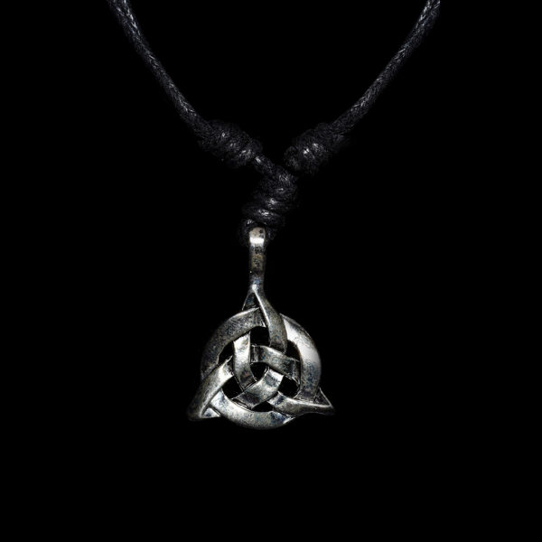 Wiccan Online Shop - Triquetra Necklace