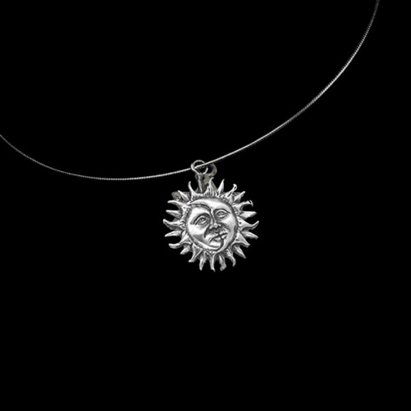 Wiccan Online Shop - Sun & Moon Round Silver Necklace